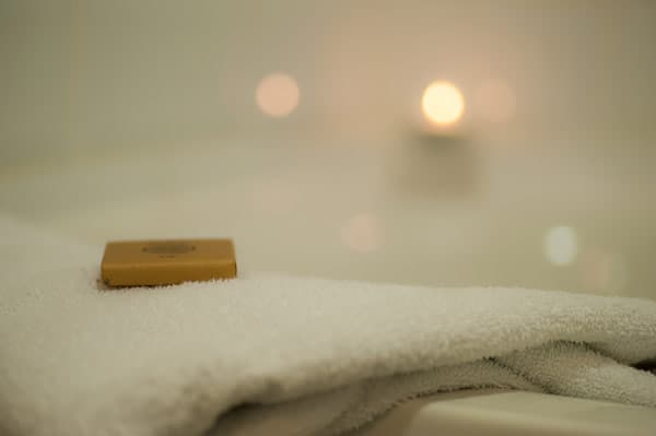 en-suite bathrooms at Blarney Castle Hotel